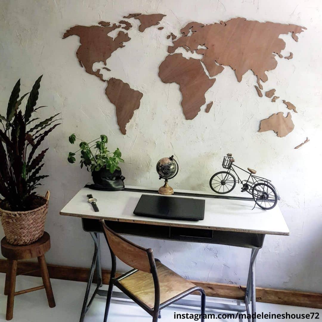 Art Wohndesign: Tolle Weltkarte Aus Mahagoni-Holz Als Moderne