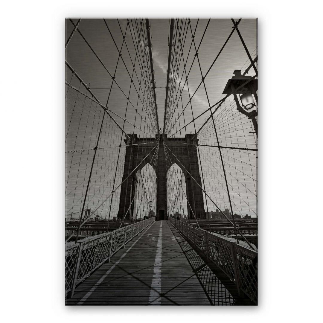 alu dibond mit silbereffekt brooklyn bridge perspektive von k l wall art wall. Black Bedroom Furniture Sets. Home Design Ideas