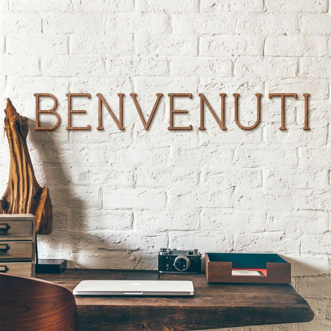 Holzbuchstaben Mahagoni - Benvenuti