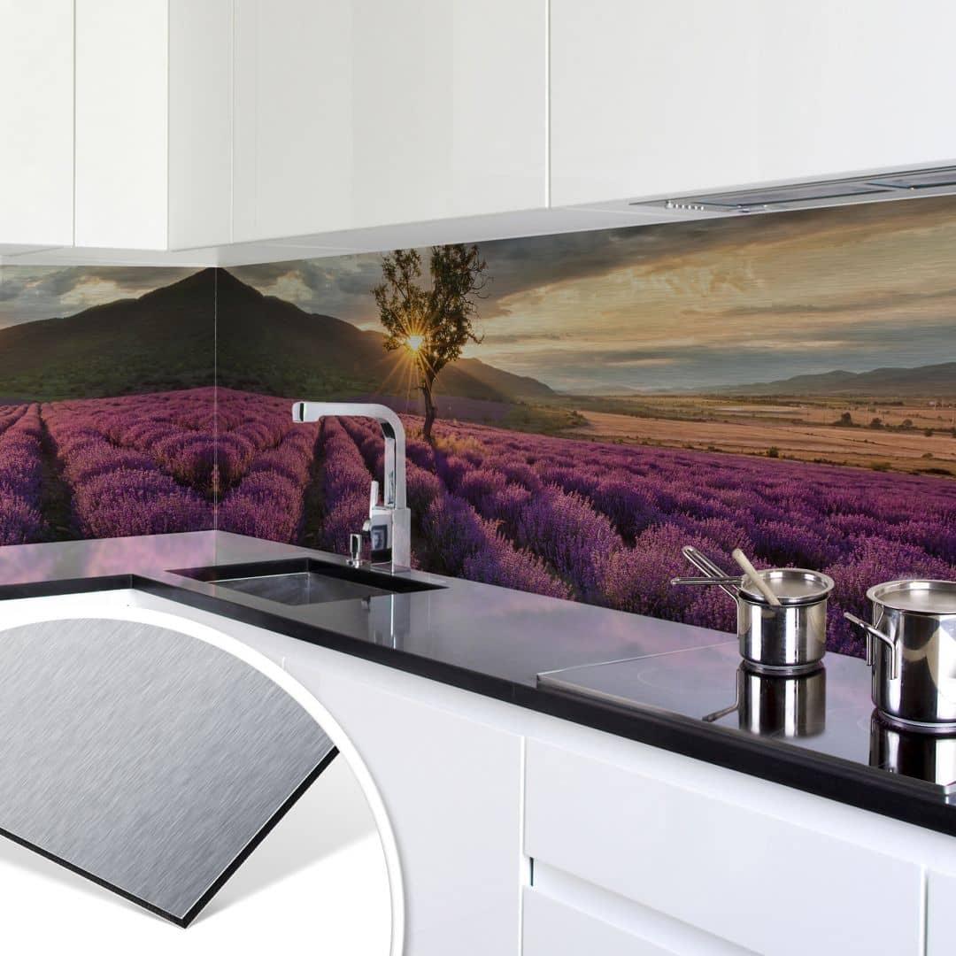 k chenr ckwand alu dibond silber lavendelbl te in der provence wall. Black Bedroom Furniture Sets. Home Design Ideas