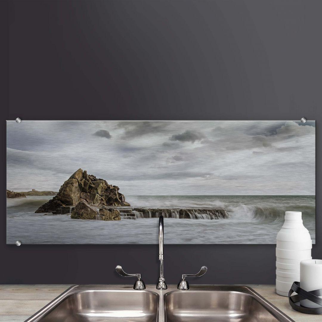 spatscherm alu dibond rots in de branding panorama. Black Bedroom Furniture Sets. Home Design Ideas