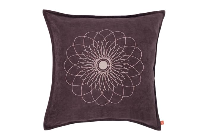raffi kissen ray violett 5317 07 wall. Black Bedroom Furniture Sets. Home Design Ideas