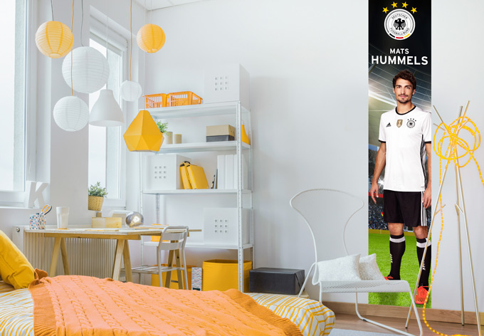 sportliche fototapete mit mats hummels wall. Black Bedroom Furniture Sets. Home Design Ideas