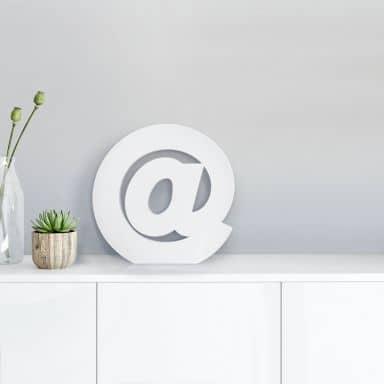 Lettre décorative - @