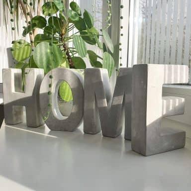 Lettres décoratives en béton HOME