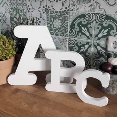 3D Letter Courier
