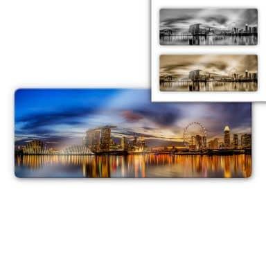 Glasbild Xie - Lights in Singapore - Panorama