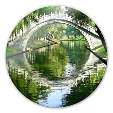 Glasbild Brücke am Fluss - rund