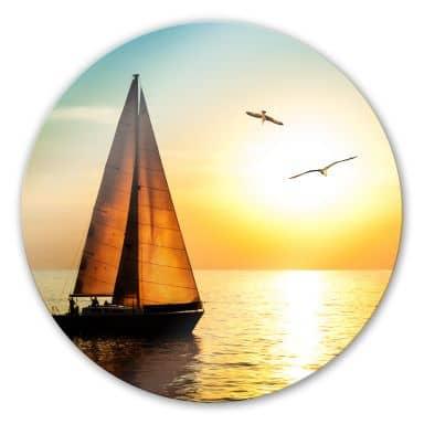 Glasbild Segelboot im Sonnenuntergang - rund