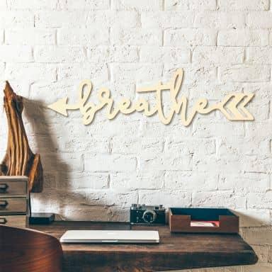 Lettere in legno –  Breathe freccia