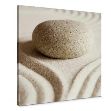 Leinwandbild Stone in Sand 1 - Quadratisch
