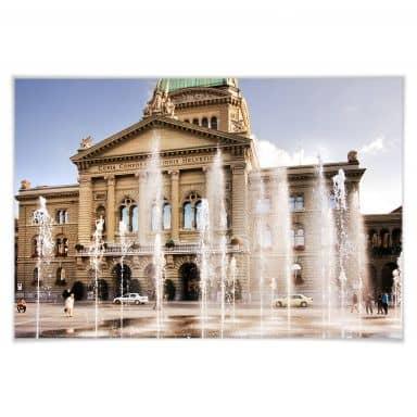 Poster Wasserspiel vor Schweizer Parlamentsgebäud