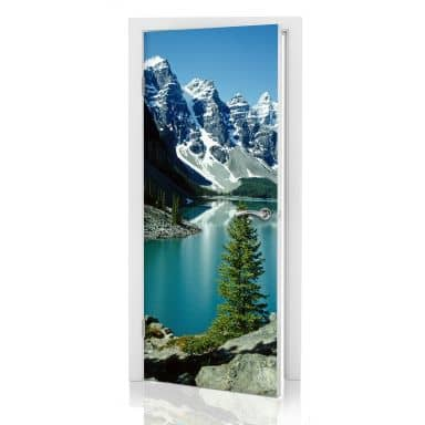 Door decor: Mountains
