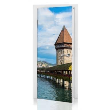 Türdesign Holzbrücke in Luzern