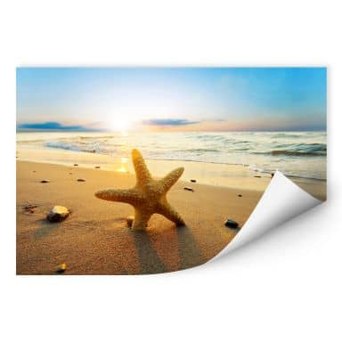 Wall print W - Starfish in the Sand