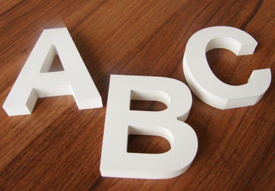 Buchstaben zum dekorieren einzelne dekobuchstaben wall for Buchstaben holz deko