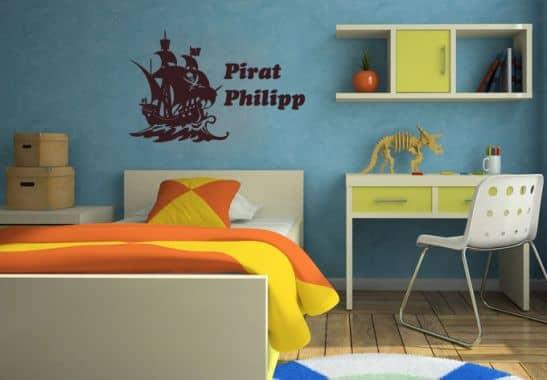 wandtattoo mit name pirat mit kindernamen f r jungs. Black Bedroom Furniture Sets. Home Design Ideas
