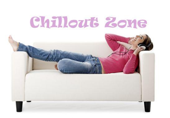 wandtattoo chillout zone das perfekte wandtattoo f r jugendzimmer und die erste eigene bude. Black Bedroom Furniture Sets. Home Design Ideas