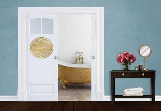 wandtattoo badezimmer die perfekte deko f r die badezimmert r wall. Black Bedroom Furniture Sets. Home Design Ideas