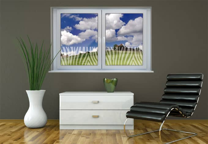 deko mit zebra streifen f r glas fenster wall. Black Bedroom Furniture Sets. Home Design Ideas
