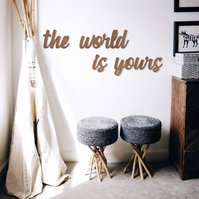 Décoration en bois -The world is yours - Placage d'acajou