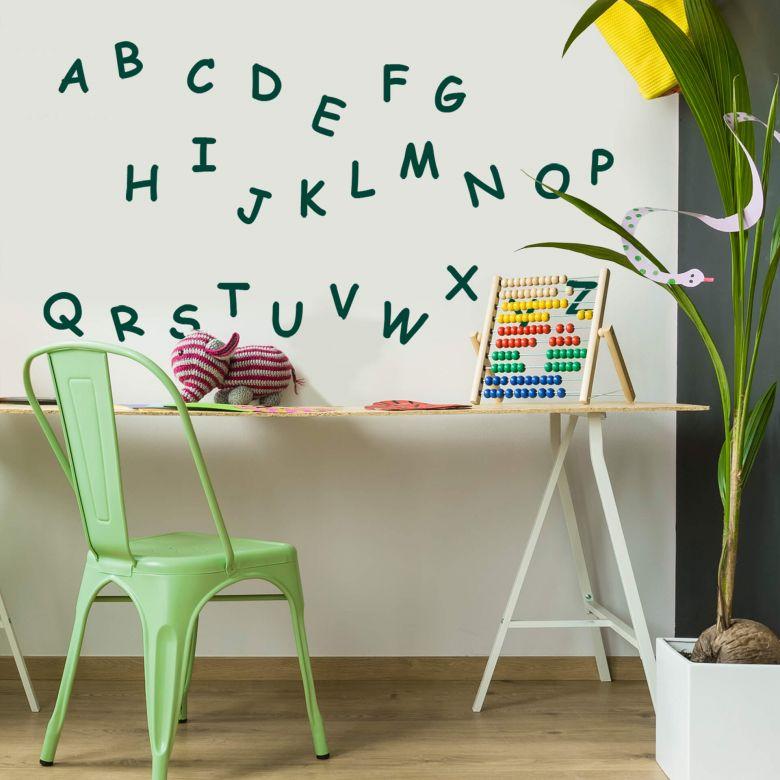 Graue Gestaltung Von Dem Flur Mit Wanddeko Bilderrahmen: Mit Dem ABC Wandtattoo Macht Das