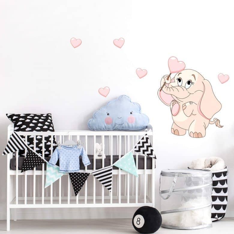 Sticker mural - Bébé éléphant avec des cœurs