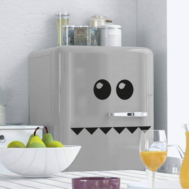 Sticker mural - Visage pour réfrigérateur 1