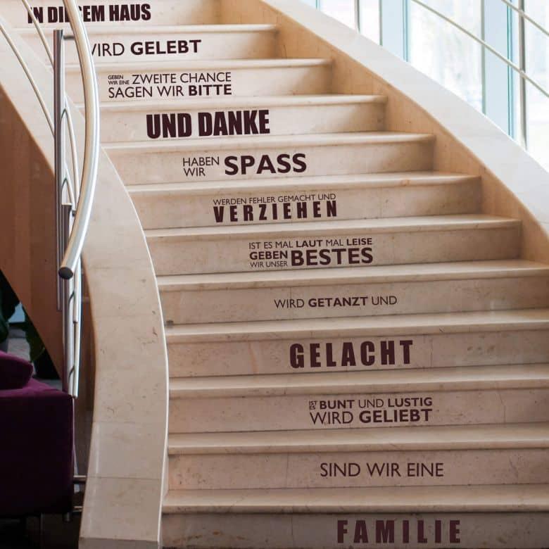 Stufen-Wandtattoo In diesem Haus...