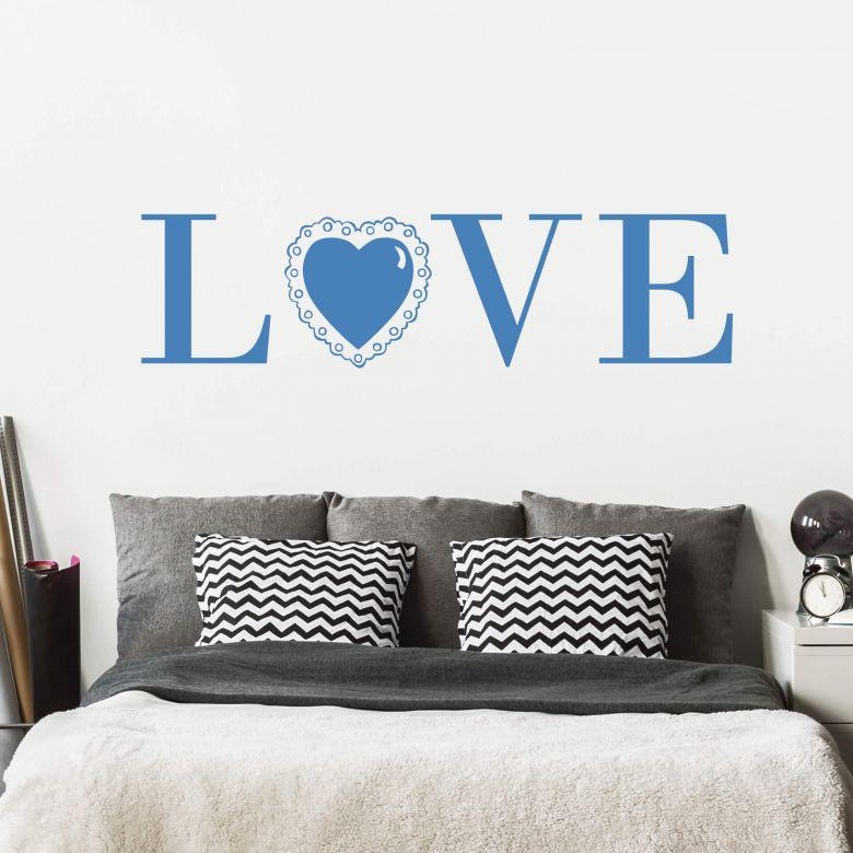 wandtattoo love 3 das wandtattoo mit spitzenbesatz f r das schlafzimmer wall. Black Bedroom Furniture Sets. Home Design Ideas