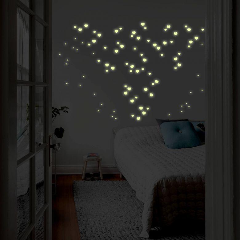 Sticker mural -  Lumineux phosphorescents - Ciel de cœurs