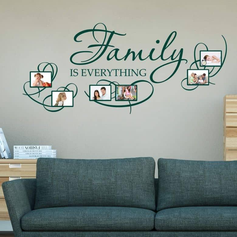 Muursticker Family is Everything met plek voor foto\'s