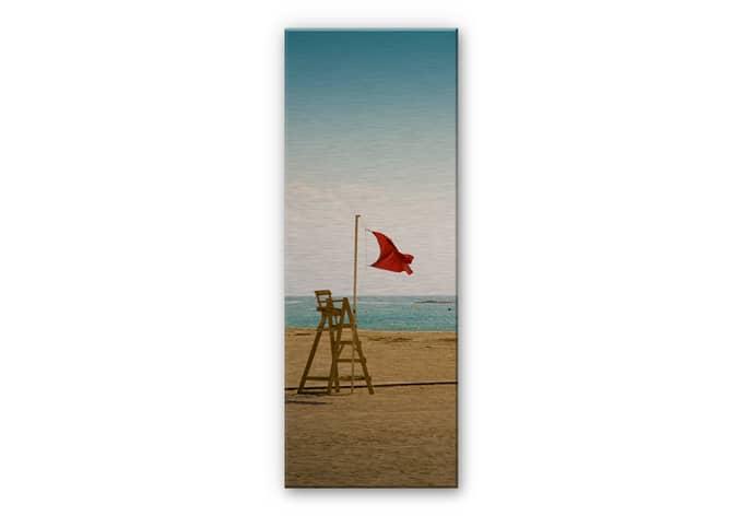 alu dibond mit silbereffekt rote fahne stylische strandkulisse f r die wand wall. Black Bedroom Furniture Sets. Home Design Ideas