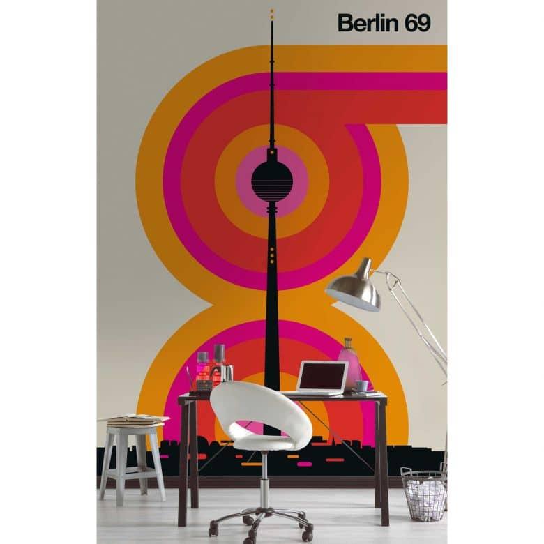 Livingwalls Fototapete ARTist Berlin 69 Alex beige, orange, rosa, schwarz