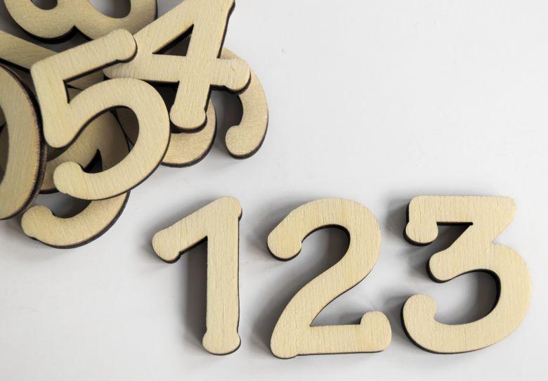 Holzbuchstaben Zahlenset - Tekton