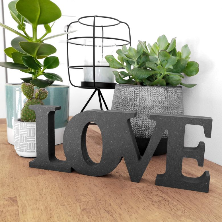Lettres décoratives en bois MDF - Love 2