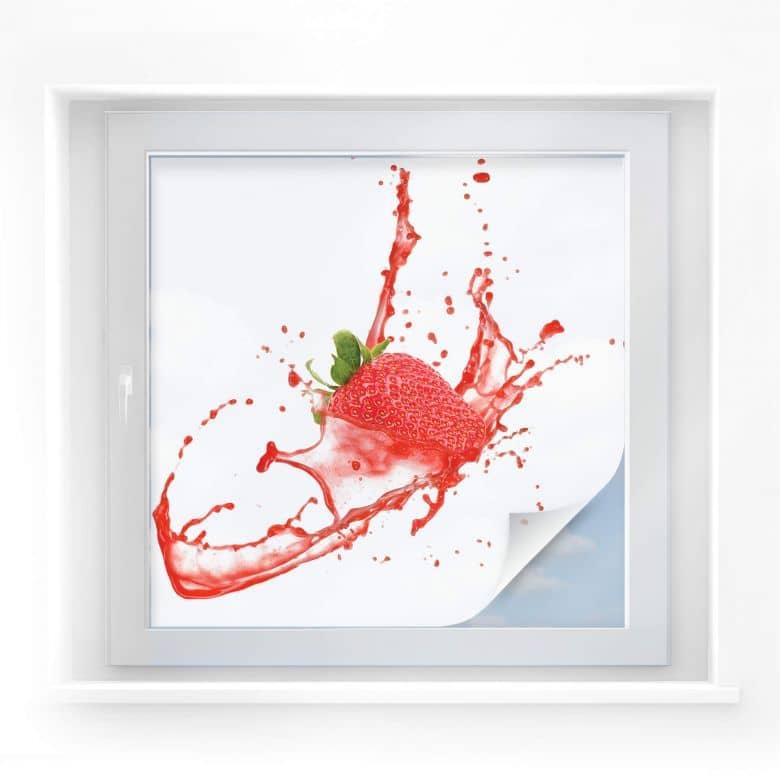 Sichtschutzfolie Splashing Strawberry - quadratisc
