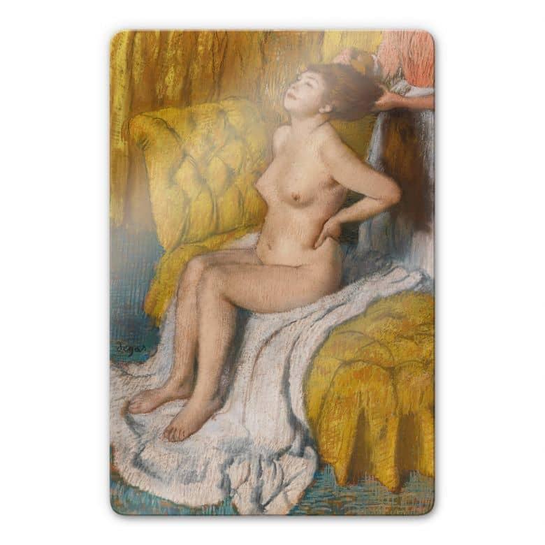 Glasbild Degas - Eine Frau bekommt ihr Haar gebunden
