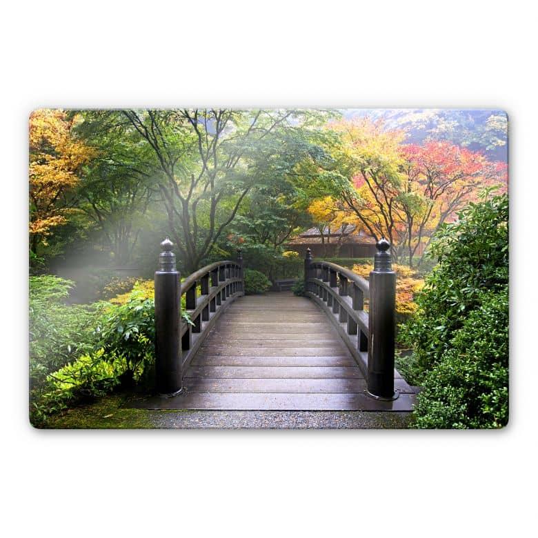 Glasbild Brücke im Grünen