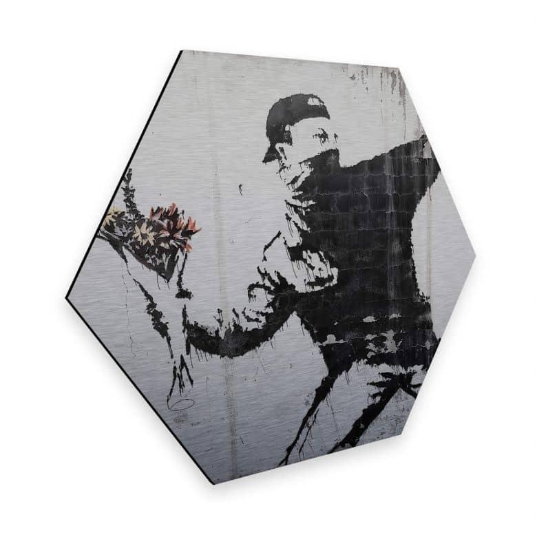 Hexagon - Alu-Dibond-Silbereffekt - Banksy - Der Blumenwerfer