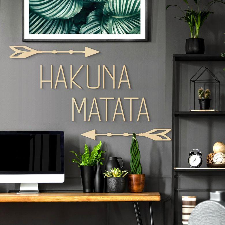 Holzbuchstaben Pappel Hakuna Matata mit Pfeilen