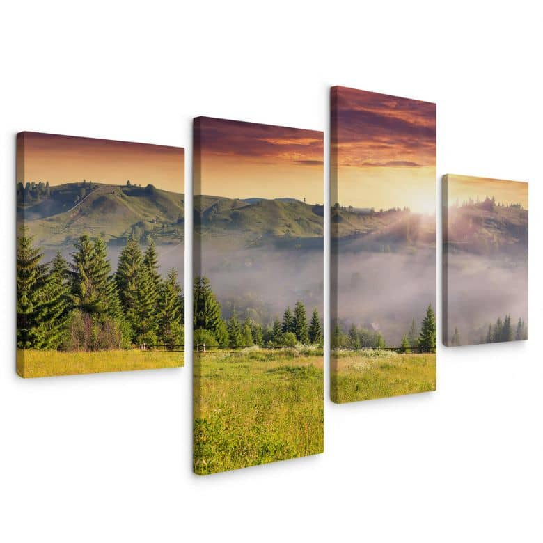 Canvas Bergdal in de Mist (4-delig)