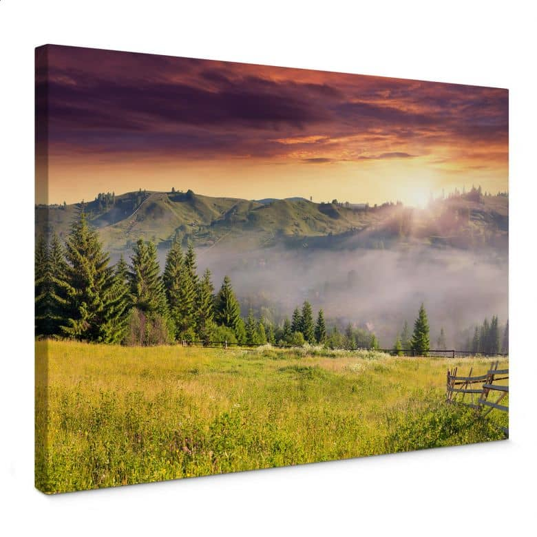 Canvas Bergdal in de Mist