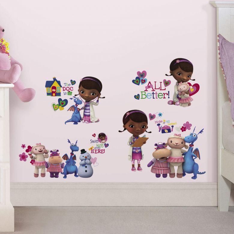 Wall sticker set Disney Doc McStuffins & Friends
