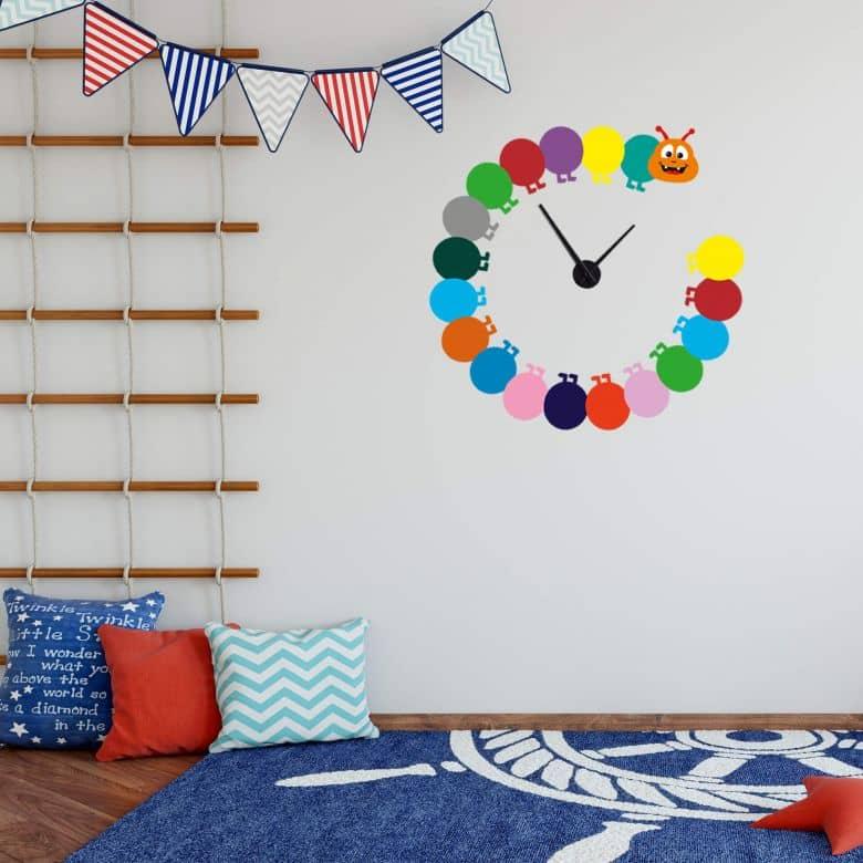Adesivo murale - Orologio da parete Bruco colorato