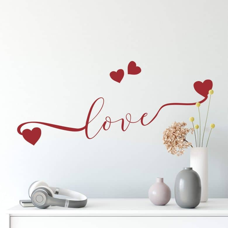 Muursticker Love met hartjes