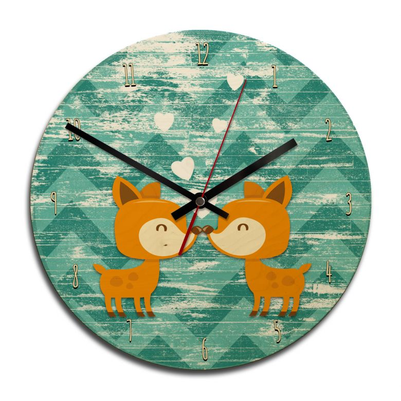 Wooden clock – Kissing Deer