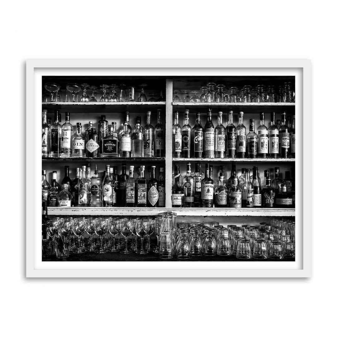 poster mit bilderrahmen klein the classic bar wall. Black Bedroom Furniture Sets. Home Design Ideas