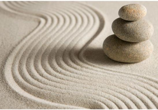 Tapeten Asiatische Motive : Stone in Sand 2 – Zen-Garten als asiatische Dekoration wall-art.de