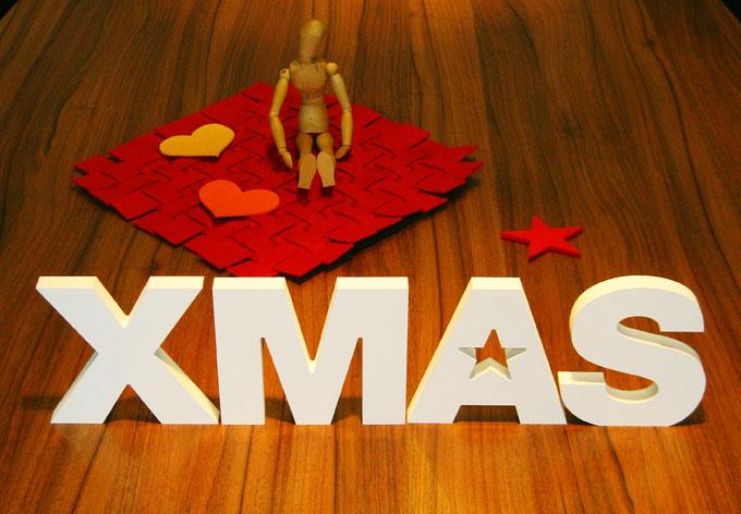 dekobuchstaben f r weihnachten xmas als deko wall. Black Bedroom Furniture Sets. Home Design Ideas